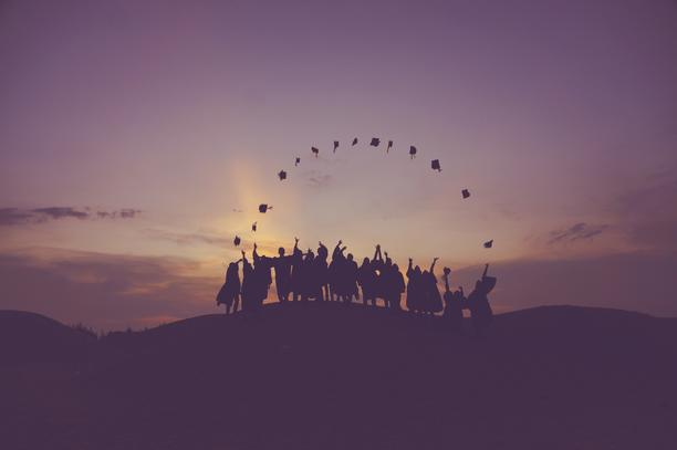How To Stand Out From The Crowd When You Graduate