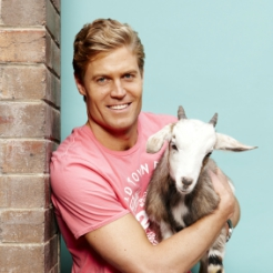 Dr Chris Brown: An Interview With The 'Bondi Vet'