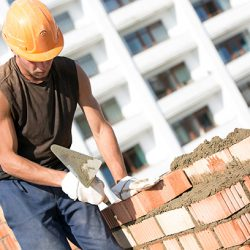 How to become a bricklayer in Australia: careers in building and construction