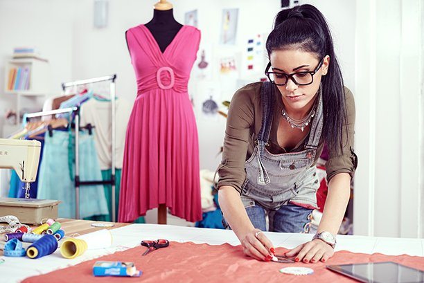 How To Become A Fashion Designer In Australia Careers In Design