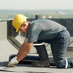How to become a roofer in Australia: careers in construction